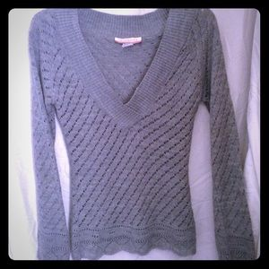 Sweaters - Fabulous grey knit sweater